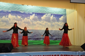 Dance - Betsy, Sapna, Reshmi & Neetha 1