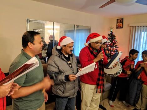 2018-Christmas-Carol-041
